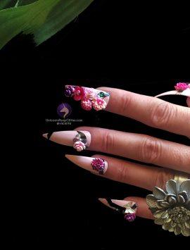 flowerbomb-vandr-onhand-nails