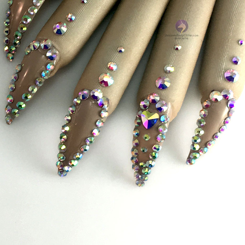 Naked – Nail Gloves – Unicorns Poop Glitter